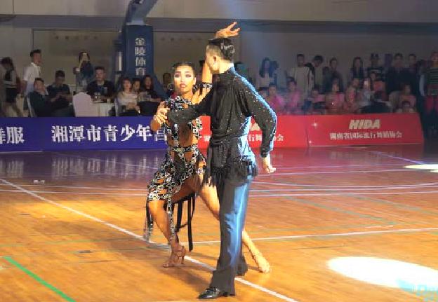 2016CBDF全国青少年锦标赛华中站 青年组拉丁舞冠军表演